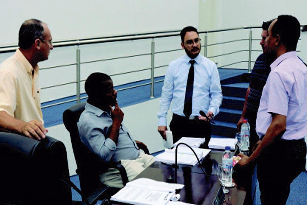 Aprovado por 8X3 projeto de ampliação de cargos em comissão e funções de confiança para servidores do quadro efetivo
