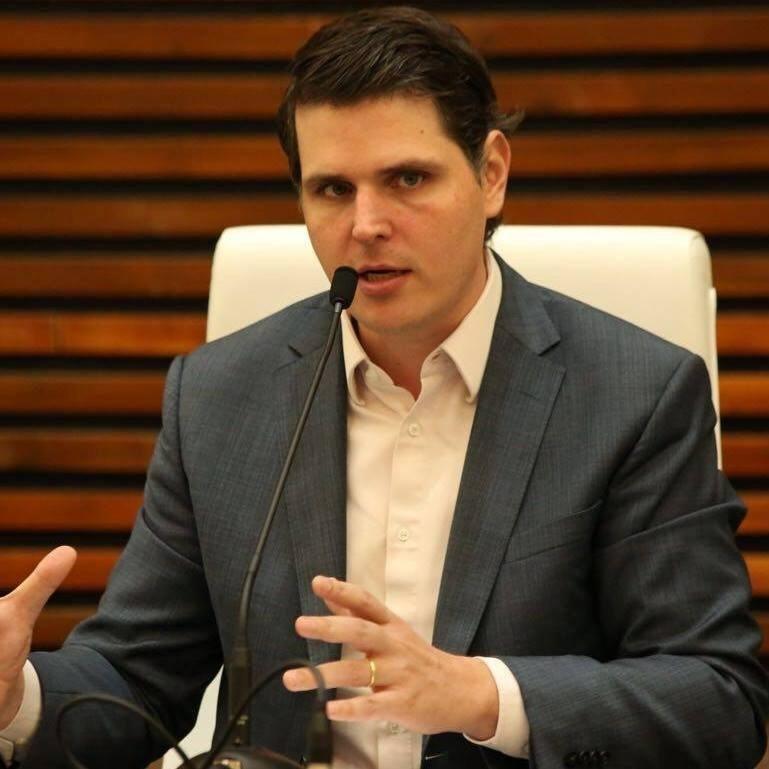 Cauê Macris (PSDB) repassou R$ 266 mil a posto do qual é sócio