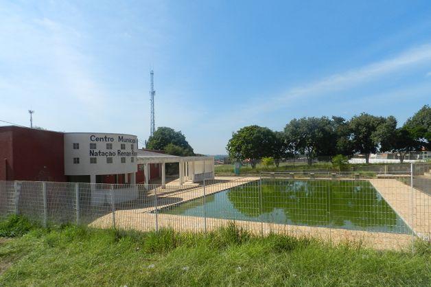 Vereador critica piscina do Cepar