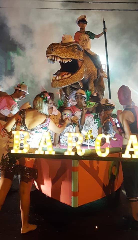 Turma da Barca faz a festa e carnaval é um sucesso em Capivari