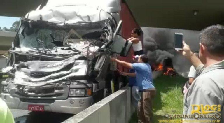 Filmar acidente sem prestar socorro à vítima pode virar crime