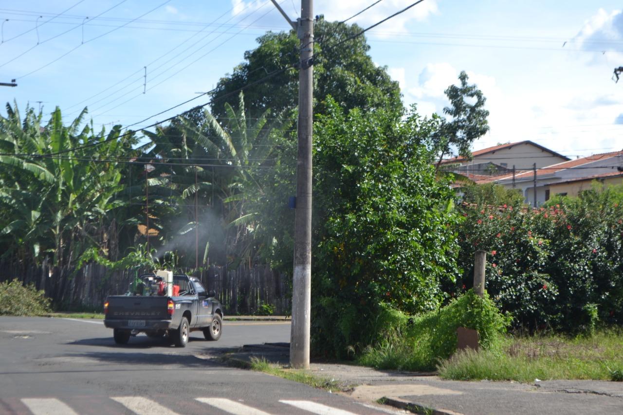 Prefeitura realiza nebulização contra o Aedes aegypti em cerca de 500 casas