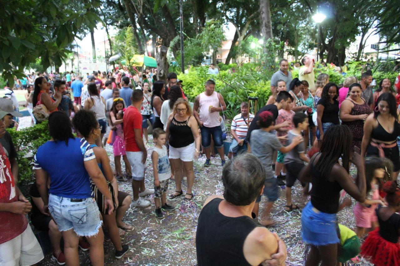 Matinê na Praça Central agita Capivari