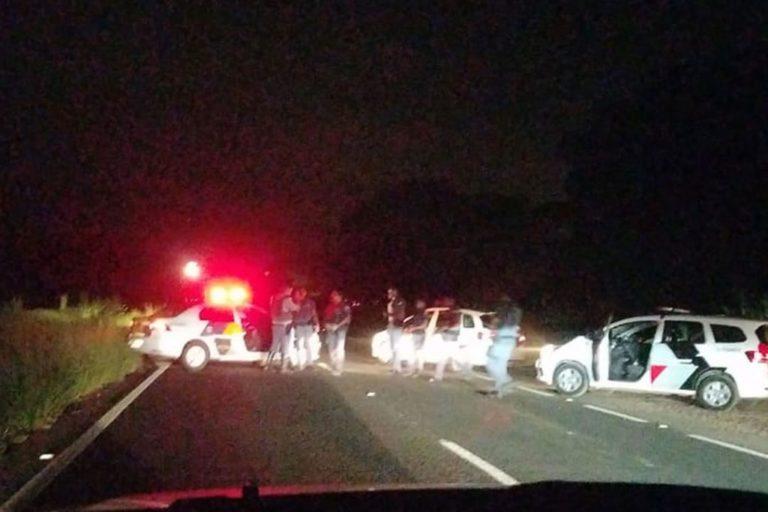 Tiroteio após tentativa de roubo a carro-forte bloqueia rodovia em Piracicaba