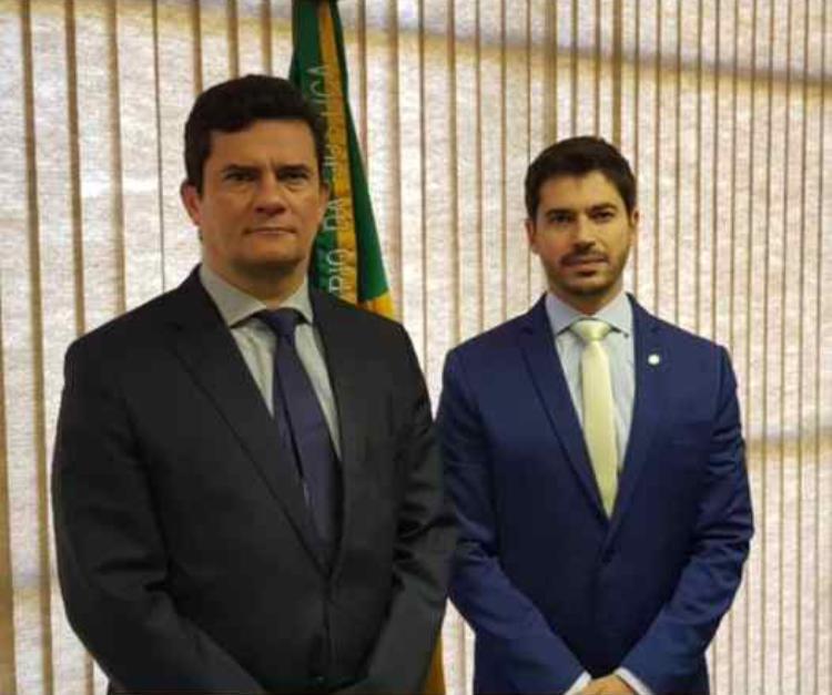 Deputado Júnior Bozzella se reúne com Ministro Sérgio Moro para discutir a melhora na Segurança Pública