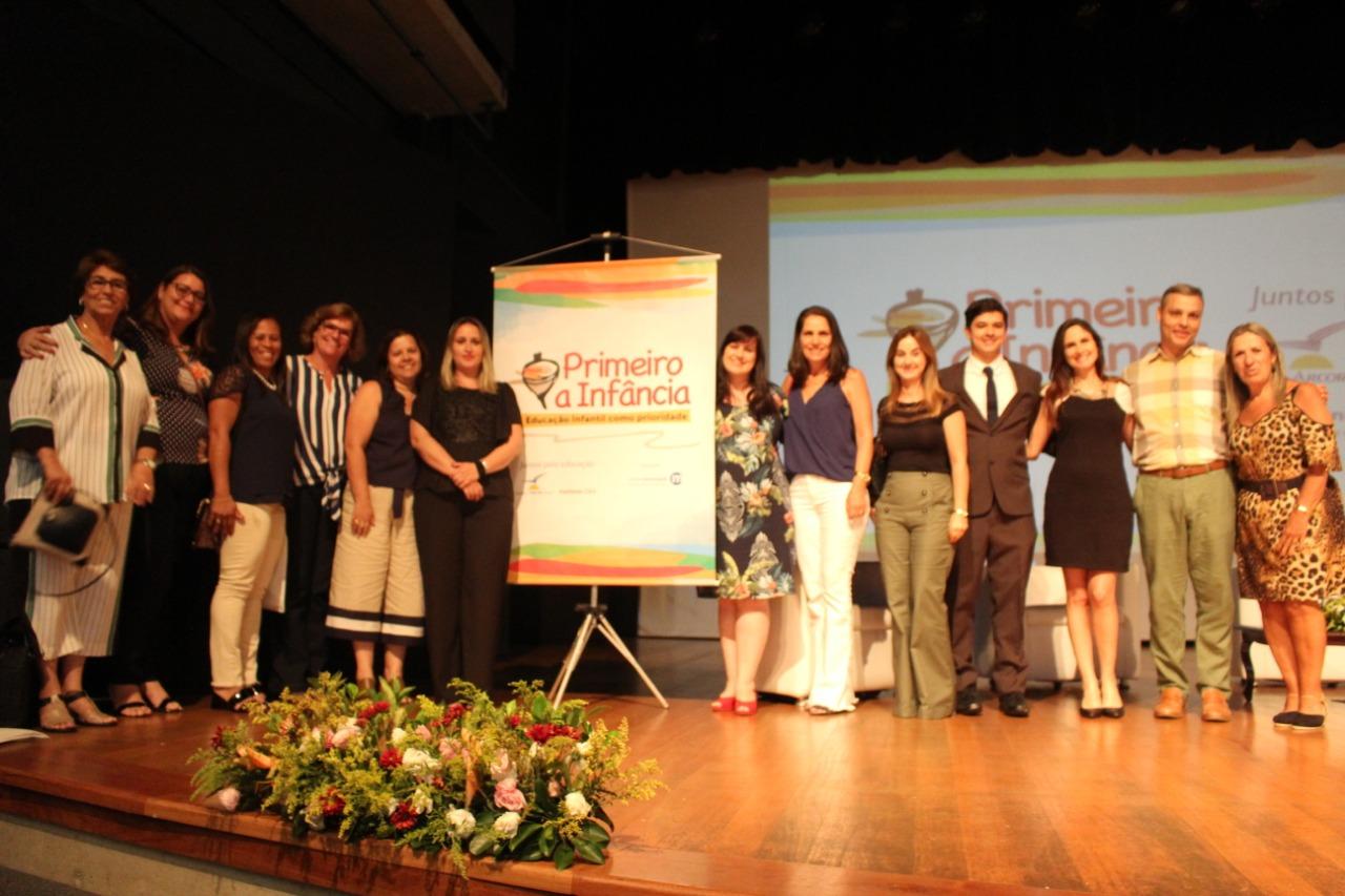 """Capivari marca presença em Seminário """"Participação Social na Educação – Aprendizados do Programa Primeiro a Infância"""""""