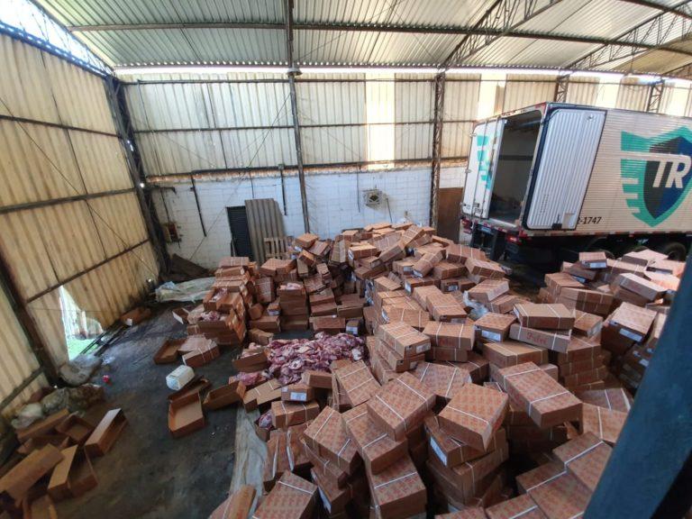 Read more about the article Carga de carnes roubada é encontrada em depósito de Mombuca
