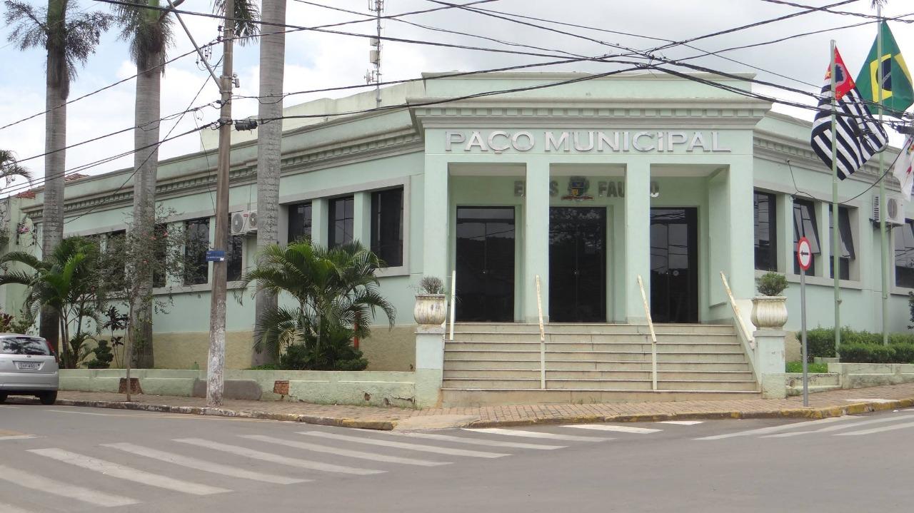 Superávit da Prefeitura de Elias Fausto é causa de apontamento do TCE