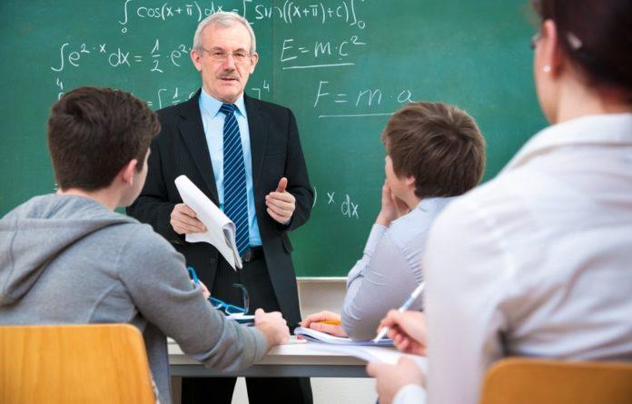 Alunos de engenharia erram menos português do que estudantes de letras