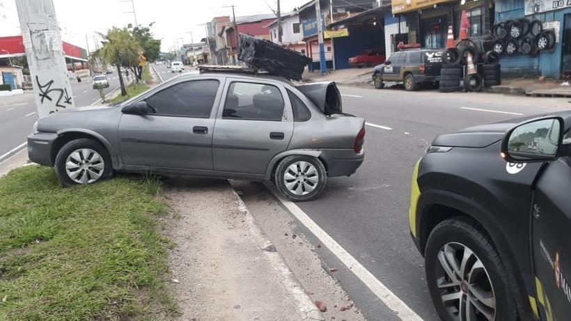 Motorista perde controle de carro durante sexo oral e deixa 5 feridos