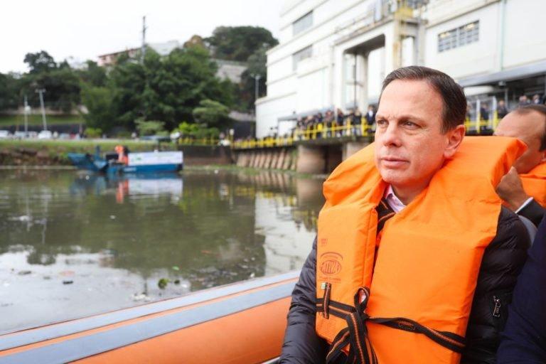 Doria promete despoluir Rio Pinheiros até 2022