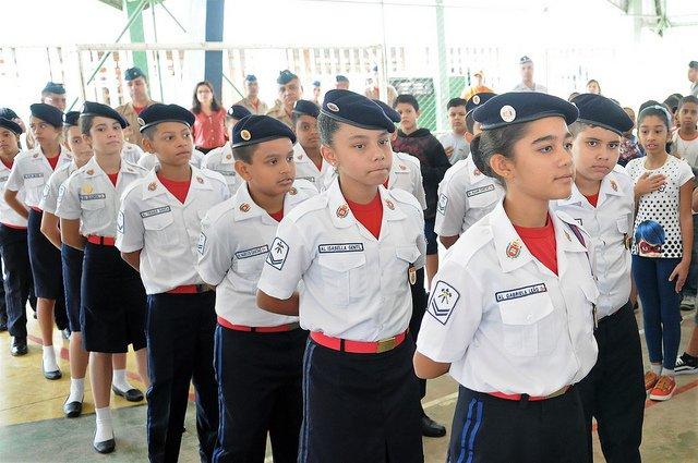 Resultado de imagem para IMAGEM DE Ministros visitam Bauru para anunciar criação de escola cívico-militar
