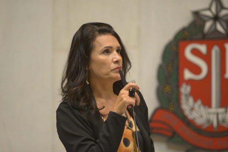 Valéria Bolsonaro faz balanço dos 100 dias de mandato e fala sobre projetos e indicações