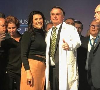 Deputada Valéria Bolsonaro participa da inauguração da nova planta industrial do Laboratório Cristália