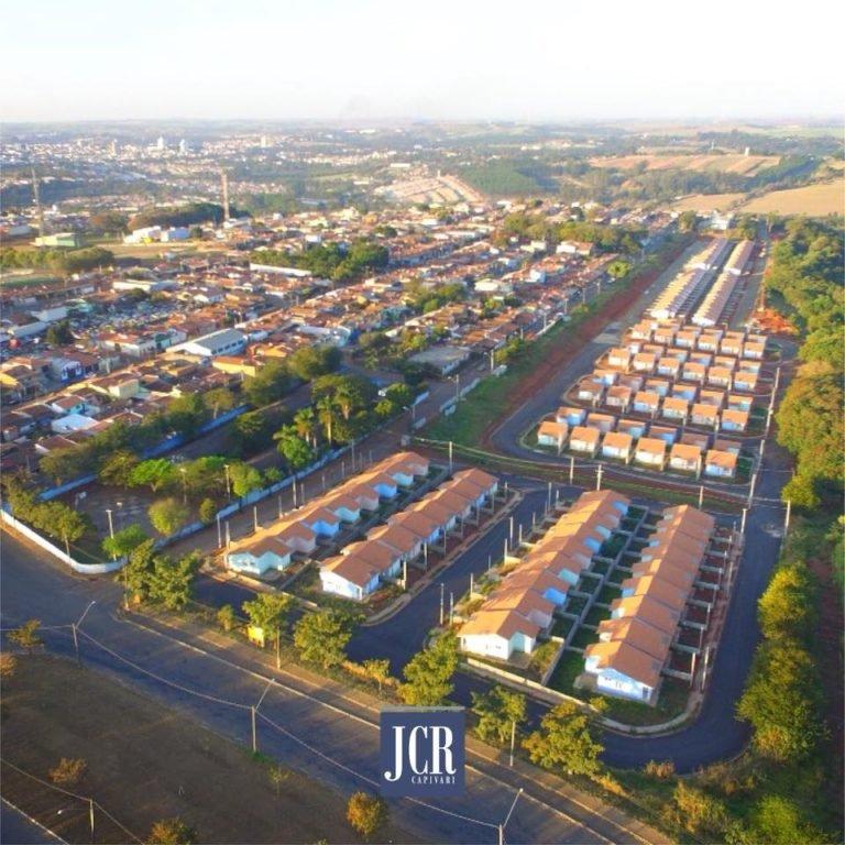 Casas Populares de Rafard: moradores assinam contratos
