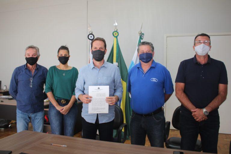 Presidente da Câmara, Flávio Carvalho, e prefeito Rodrigo Proença conquistam mais R$ 100 mil em verbas