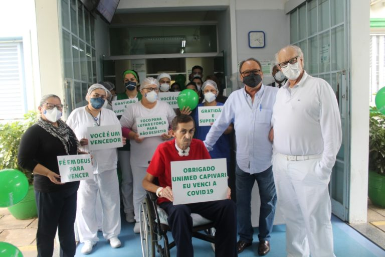 Após 74 dias internado com Covid-19, paciente recebe alta no hospital Unimed